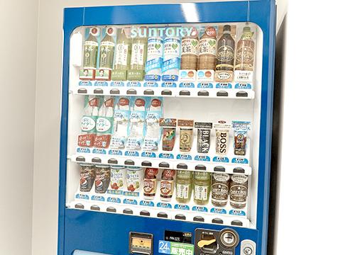 2F 自動販売機